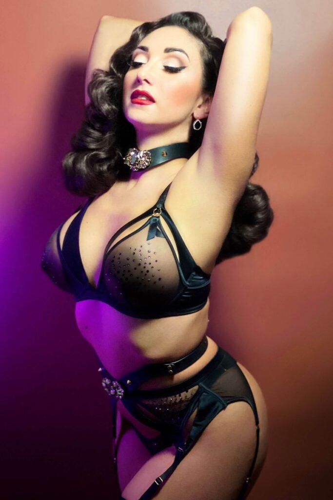 designer handgemaakte lingerie model